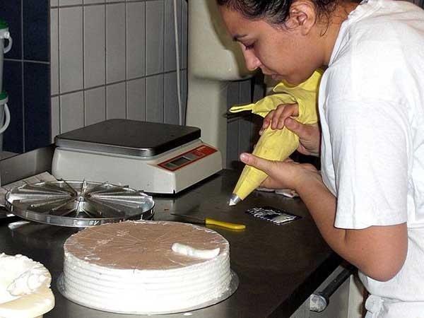Bäckerei Grimmeisen - Herstellung von Torten